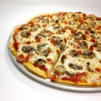 9. Chicken & Mushroom Pizza