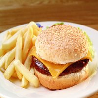 101. Kids Burger & Chips