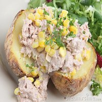 115. Jacket Potato with Tuna & Mayonnaise