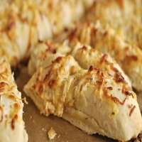 Folded Garlic Bread with Cheese