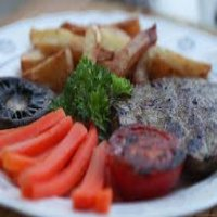 Sirloin Steak with Chips & Carrots