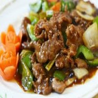 106. Beef with Green Peppers in Black Bean Sauce